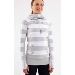 Lululemon 🦄 Stay On Course White Stripe Pullover